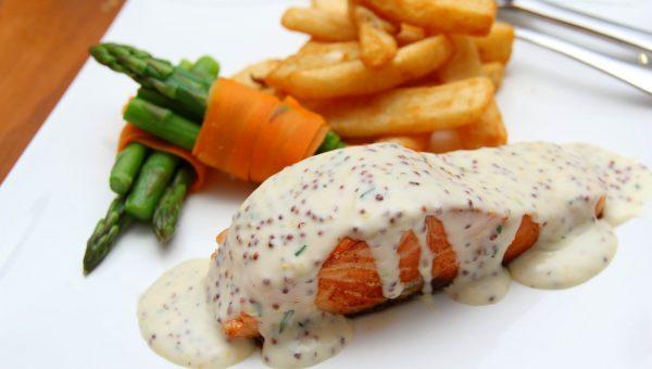 Cena a base di pesce, affidati alle Smartbox