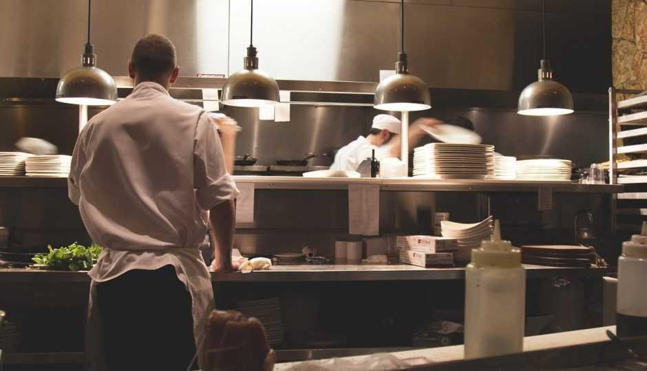 Smartbox per una cena in un ristorante di carne, regalare un'esperienza culinaria