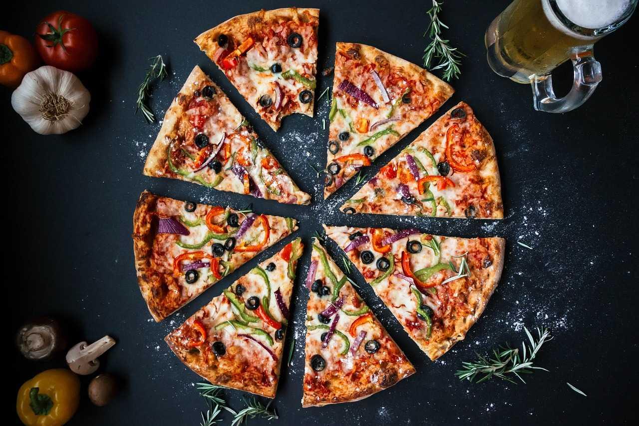 Pizza Ri.Ma, buona e salutare. Adatta a tutti, pronta in 5 minuti